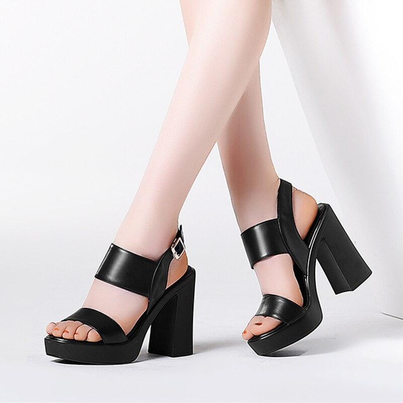 blanc forme Chaussures Véritable Cuir Hauts Arrière Épais Noir Talons Femmes Dames À D'été Sandales En Gladiateur Sangle Plate 2019 Mode P8Hvqn40w
