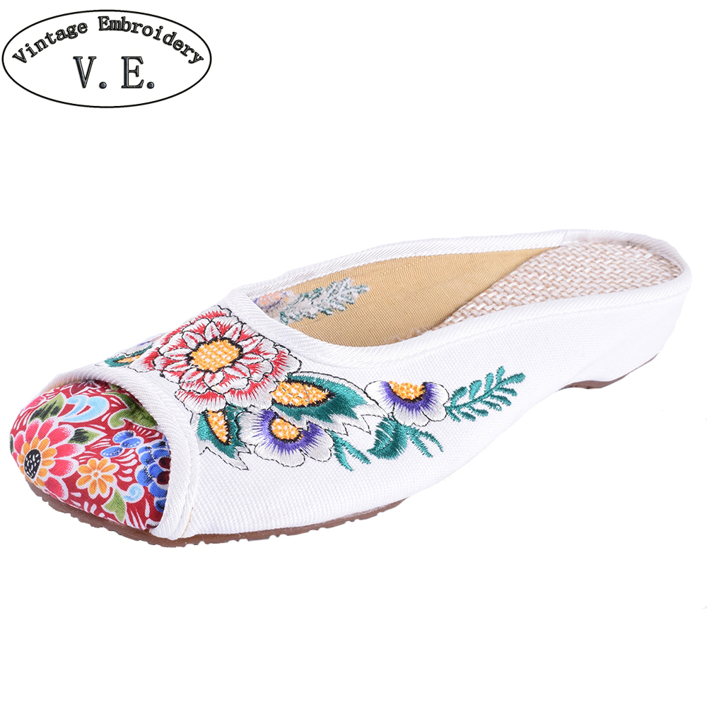 Women Slippers Ethnic Old Peking Slippers Chinese Floral Embroidery Soft Sole Casual Slides Shoes Flip Flops vintage embroidery women flats chinese floral canvas embroidered shoes national old beijing cloth single dance soft flats
