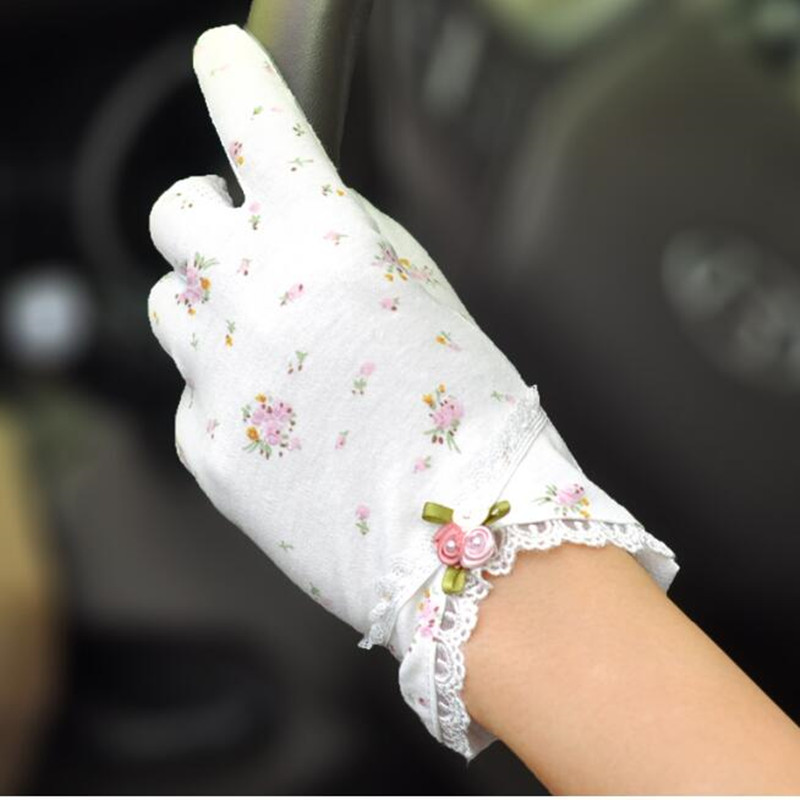 Summer Women Gloves Driving Cycling Sunscreen Female Anti-ultraviolet Anti-skid Mittens Short Thin Cotton Lace Hand Muff H3112