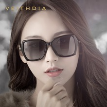 VEITHDIA Womens Retro zonnebril Gepolariseerde Luxe Dames Merk Designer Zonnebril Eyewear Voor Vrouwen Vrouwelijke V3039