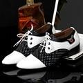 Moda Retro de Los Hombres Oxfords 2016 Otoño Nuevos hombres de Negocios del Ocio Del Dedo Del Pie Puntiagudo Zapatos de Cuero Ocasionales Respirables de los Zapatos Blancos de La Boda