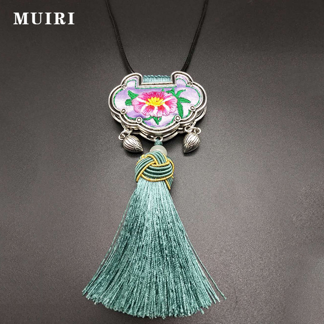 Traditional chinese silver tassels pendant necklaces for women traditional chinese silver tassels pendant necklaces for women ethnic lucky lock pendantnecklace female men cool trendy aloadofball Choice Image