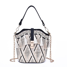 купить 2019 Fashion Summer Beach Bag Tassel Bucket Straw Bag Embroidery Shoulder Bag Female Tote Bags for Women Handbags Bohemia Bolsa онлайн