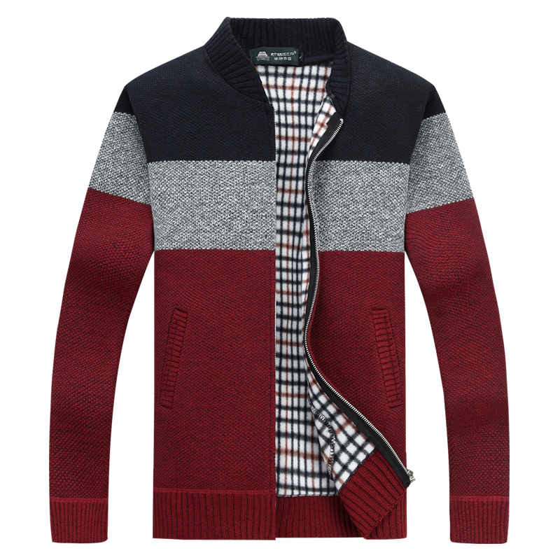 Workmanship In Autumn And Winter New Vest Sweater Men Warm Fashion Retro Casual Loose Sleeveless Knitting Pullover Man Streetwear Male Clothes Exquisite