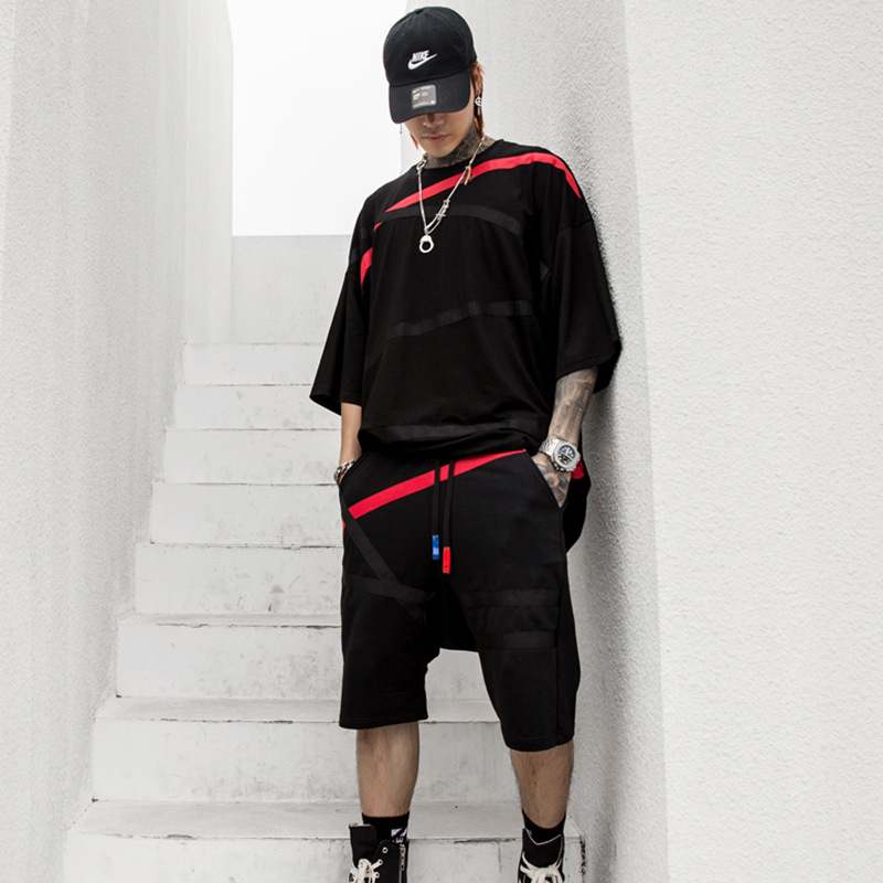 Hommes noir blanc manches courtes T-shirt ensembles (T-shirt + Short) homme Streetwear Hip Hop lâche t-shirts costumes