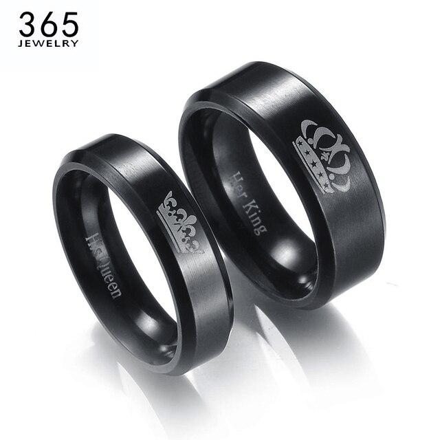 bd94b2267cdb € 0.81 55% de DESCUENTO|Aliexpress.com: Comprar Nuevos anillos de pareja de  Rey y Reina de acero inoxidable letras de Color negro corona anillos ...