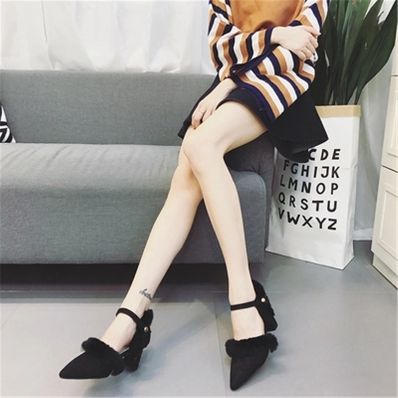 2018 new high-heeled shoes Mink hair student Wild Word deduction Roman shoes