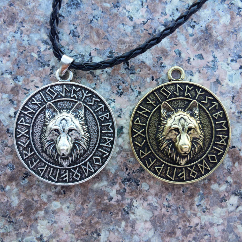 LANGHONG 1pcs Wolf Head Necklace Norse Viking Wolf Head Necklace Original Animal Jewelry Wolf Head hange Runes Necklace