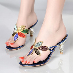 Gold Silver Beach Shoes Women Rhinestone Sandals Designer Summer Shoes Slides Crystal Sandals Slippers Flip Flops XMX-A0017