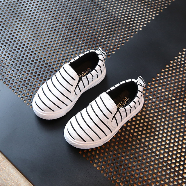 Kid Sneakers Children Running Shoes Comfortable Canvas Outdoor Shoes For Girls And Boys B2777