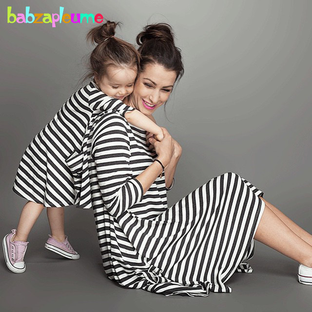 588aacc355b52 2017 Summer Baby Girls Dress Family Clothing Matching Outfits Fashion  Stripe Mother Daughter Dresses Mommy And Me Clothes BC1031
