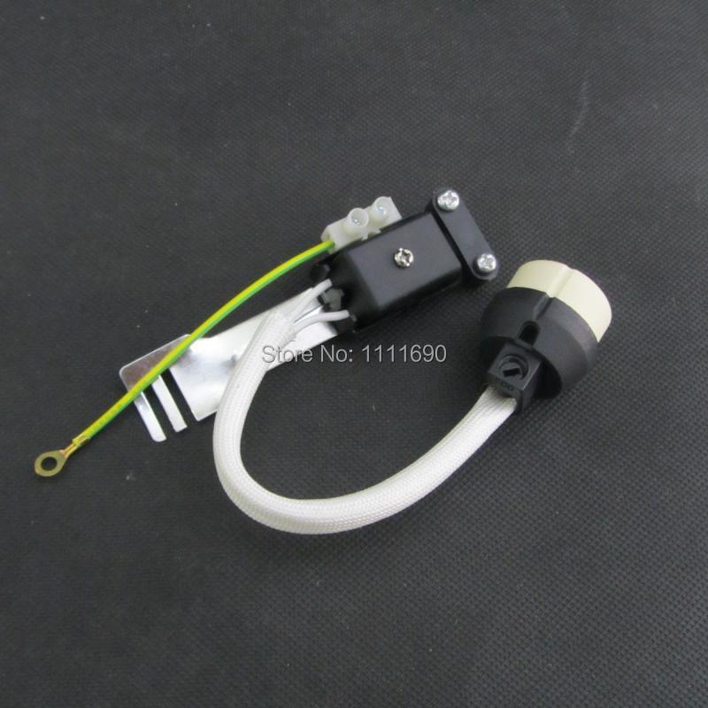 100 ცალი / ლოტი gu10 ჭერი კერამიკული მფლობელის ნათურის გაყვანილობა კონექტორი gu10 სოკეტის ბაზა GU10 ბაზებისთვის ჰალოგენური სოკი ან გუ 10 ლედ ბოლქვი