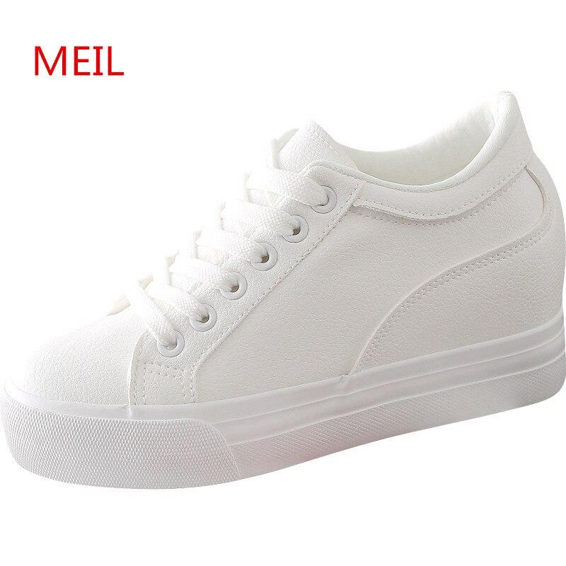 Automne Femmes Noir Blanc Plate-Forme Sneakers Casual Cachés Compensées Chaussures pour Femmes Talons Wedge Sneakers Femmes de Ascenseur Chaussures