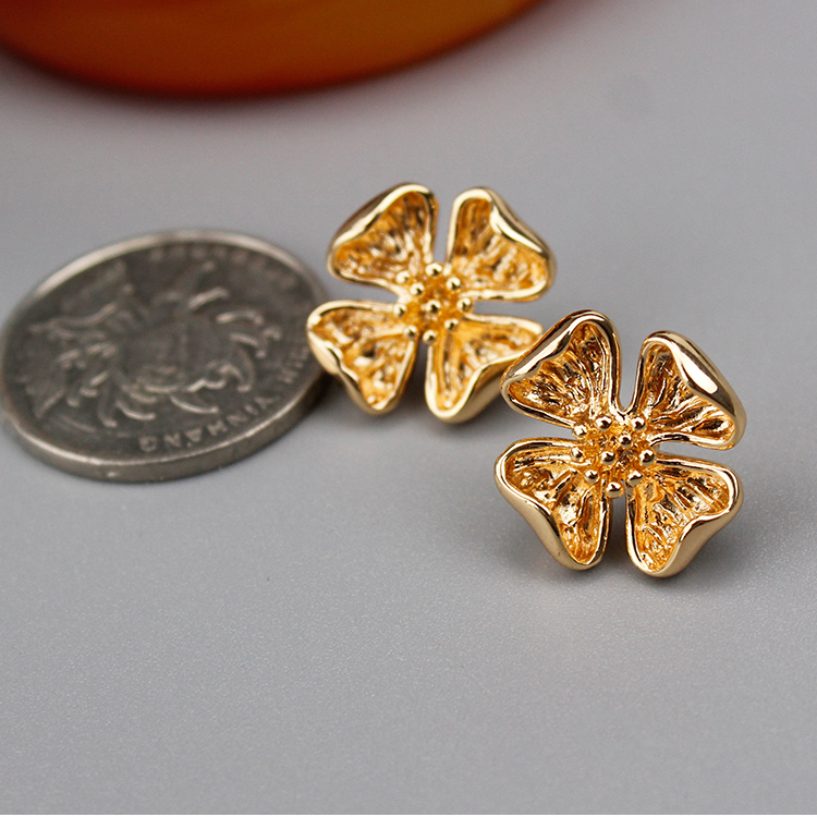 31299 6PCS 17.5MM Quality Champagne Gold Color Brass Flower Stud Earrings