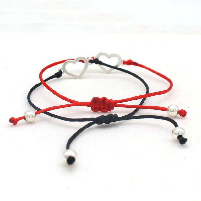 Trendy Red/Black Women's Heart-Shaped Pendant Bracelet