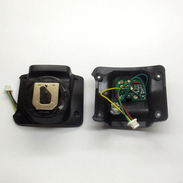 חדש Yongnuo פלאש speedlite מתכת חמה נעל רגל הרכבה עבור תיקון לתקן YN560IV YN560III YN560II