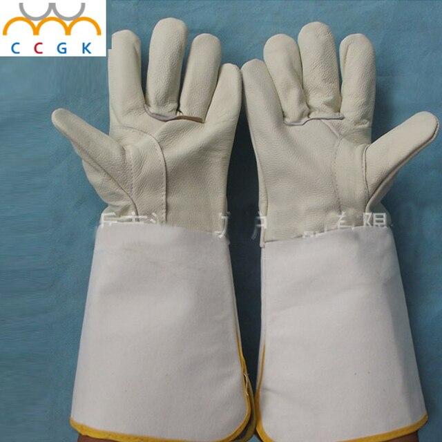 Кожа сварочные перчатки СИГАРЕТЫ MIG TIG 37 см долго Предотвратить ожоги дыхание состоянии изоляции носить нескользящей Анти-мини носите Сварочные перчатки
