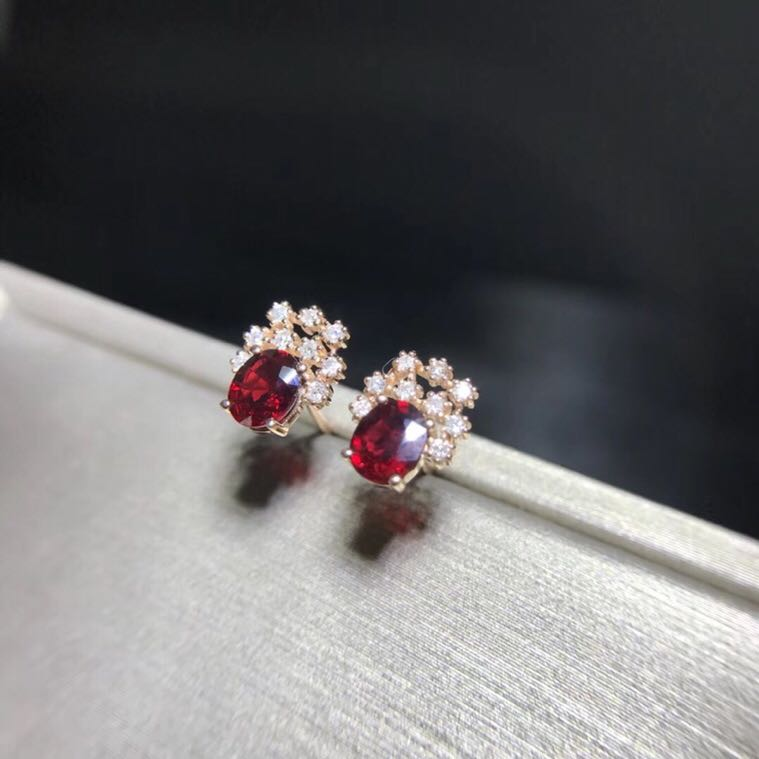 Real 18K Rose Gold Ruby stud earring Natural and real ruby Earring Fine jewelry Gem 0.826CT With 18pcs Diamond браслет gem miners bb0002 18k 7 65ct