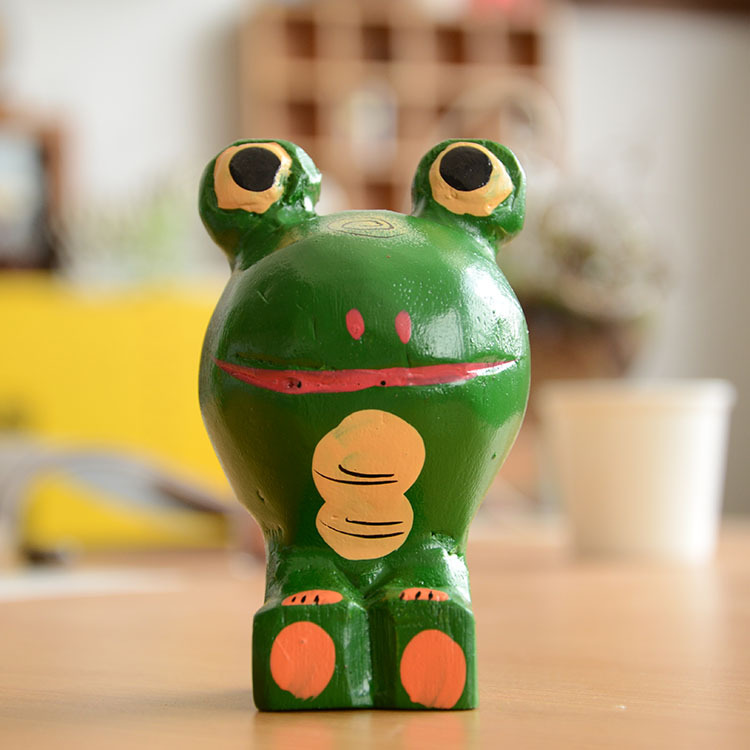 Free Shipping (2pcs/set)Northern Europe Log Big Head Frog Animal Ornaments <font><b>Home</b></font> Furnishing woodiness <font><b>Decoration</b></font>