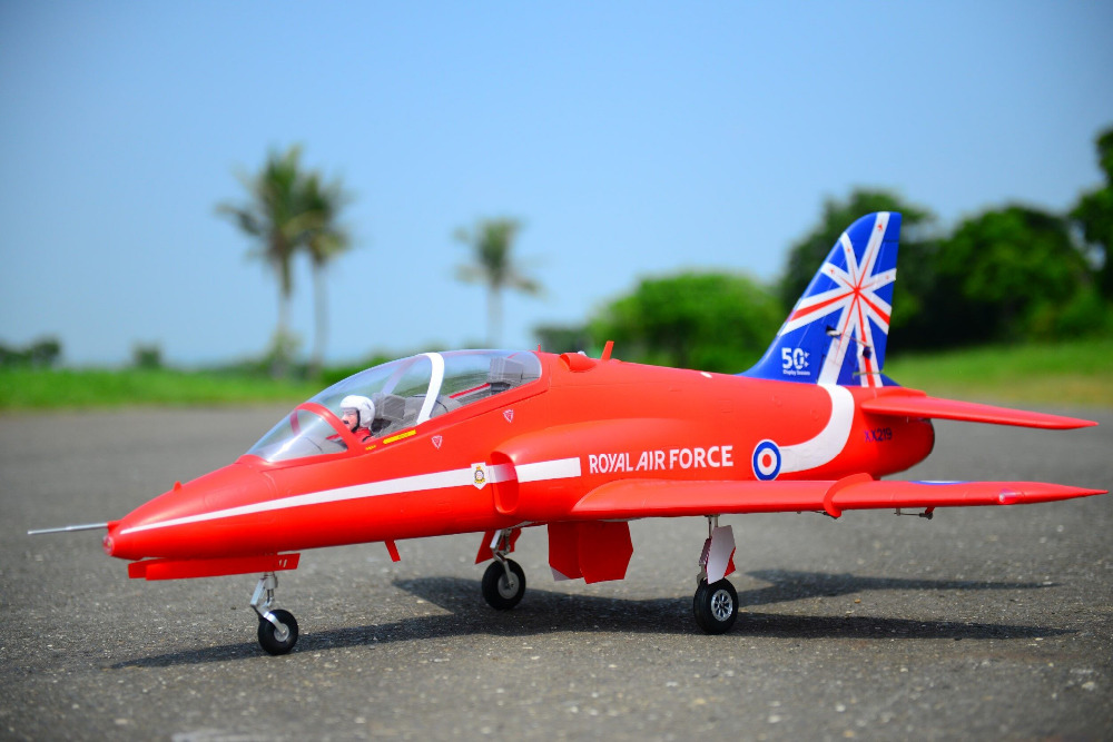 цена на FMS RC Airplane Bae Hawk Red Arrow 80mm Ducted Fan EDF Jet 6CH Scale Model Plane Aircraft PNP 6S with 3 Retracts
