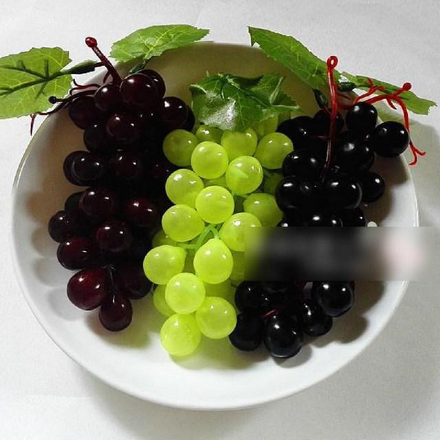 1pcs Lifelike Artificial Grapes Plastic Fake Fruit Food Home Decor  Decoration Vivid Fake Grapes