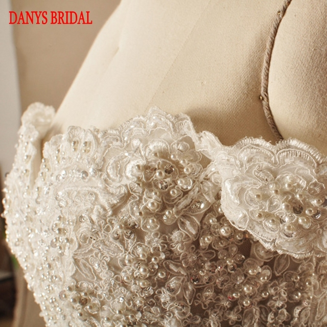 Robes de mariée en dentelle de luxe robe de bal Tulle chinois hors épaule robe de mariée désherbage robes de mariée robe de mariée