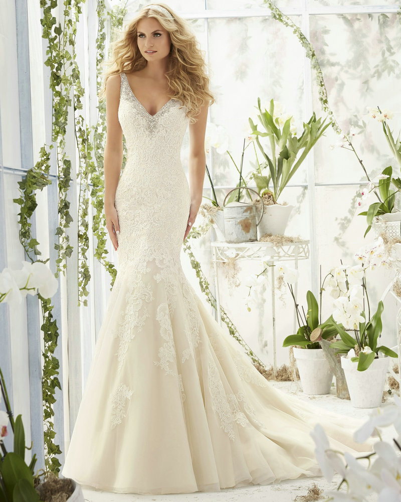 wedding ideas wedding dress shop online Searching for the latest wedding gowns newest wedding dress designs David s Bridal offers an extensive new wedding dresses collection Shop online