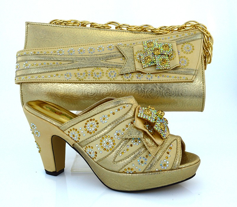 ФОТО African Pumps Shoes High Quality Shoes And Matching Bags Set With Stones Fashion African Shoes And Bag To Match Gold MM1014
