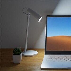 Image 3 - أحدث Xiaomi Mijia شحن لمبة مكتب 2000mAh USB قابلة للشحن المحمولة الجدول 3 الصف وسائط يعتم القراءة ليلة ضوء