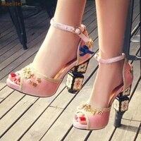Bohème Élégant Chunky Talon Sandales Luxueux Rouge Rose Noir Velours Bowtie Chaussures À Coudre D'or Métal Embelli Perles Pompes