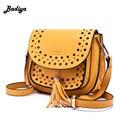 Popular Mulheres Mensageiro Bolsa Escavar bolsa feminina bolso mujer Tassel Bolsas de Ombro de Couro Crossbody Sacos de Sela