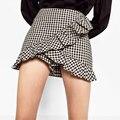 2017 Moda Mujeres Plaid Shorts Side Zipper Ruffles Sexy Mini Culottes DDOM6051