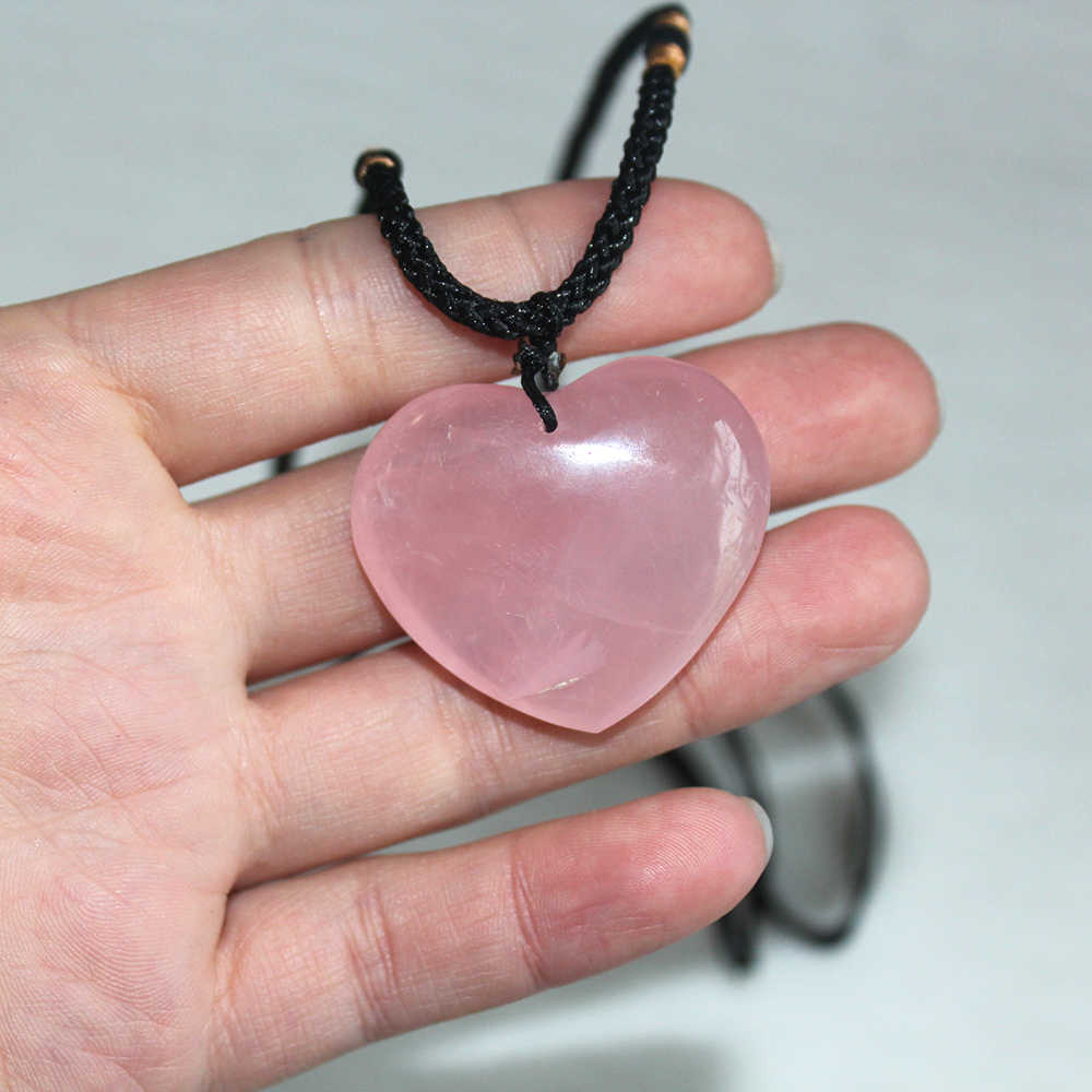 Natural Rolled Stone Crystal Crystal Heart Pendant