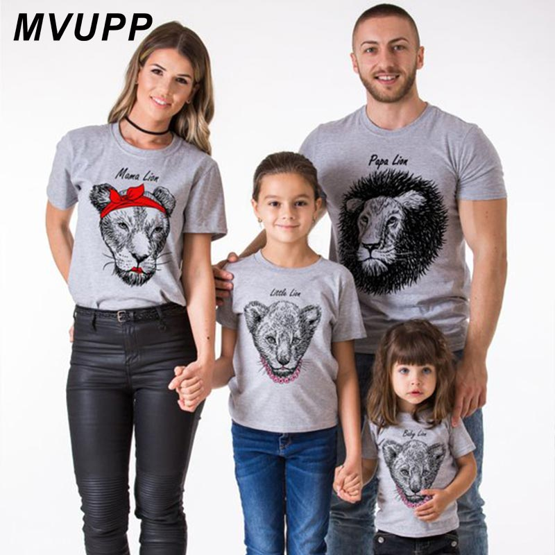 Papa Mama Little Lion Funny Family Look T Shirt For Mommy And Me Matching Outfits Mother Daughter Clothes Father Son Summer 2019