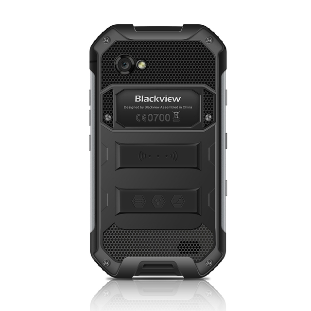 Blackview  4.7 inch 4G Smartphone Android 6.0 MTKGB RAM 32GB ROM 5MP + 13MP IP68 WaterProof Cellphone6755 Octa Core 3
