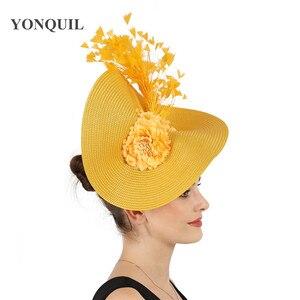 Image 2 - Gelb große derby feder haar fascinator zubehör braut headwear wunderschöne kopfstück mit schöne blume zubehör decor