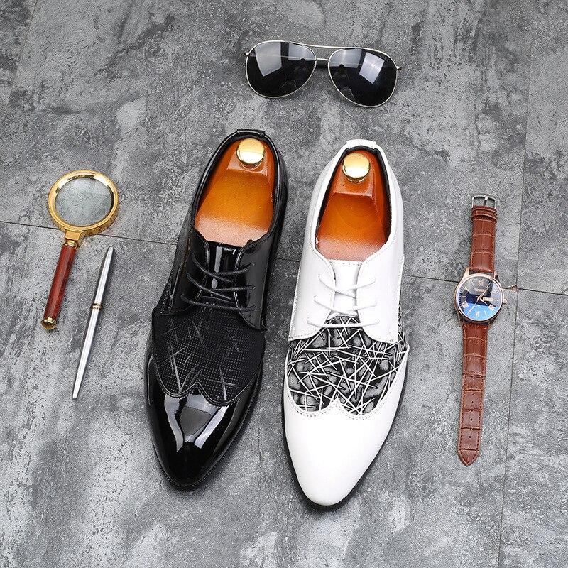 Esculpido Preto Para Verão Casamento Primavera De Jnngrior Escritório Moda Homens Vestido Os Sapatos Branco Estilo Inglaterra Brogue Formais XO5aw
