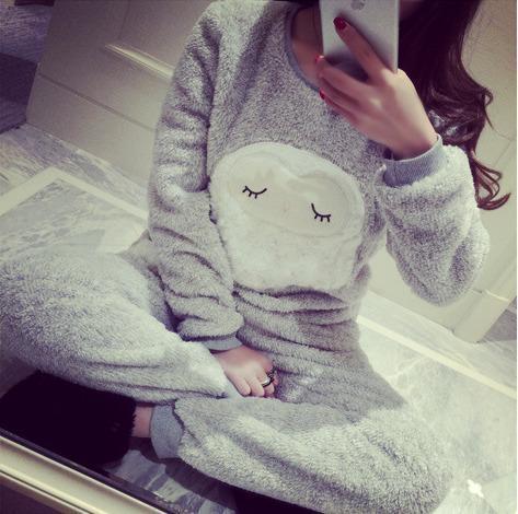 Mujeres Señora tallas grandes engrosamiento ovejas párrafo juego del desgaste de ocio pijamas polar de coral pijamas de franela caliente mujer