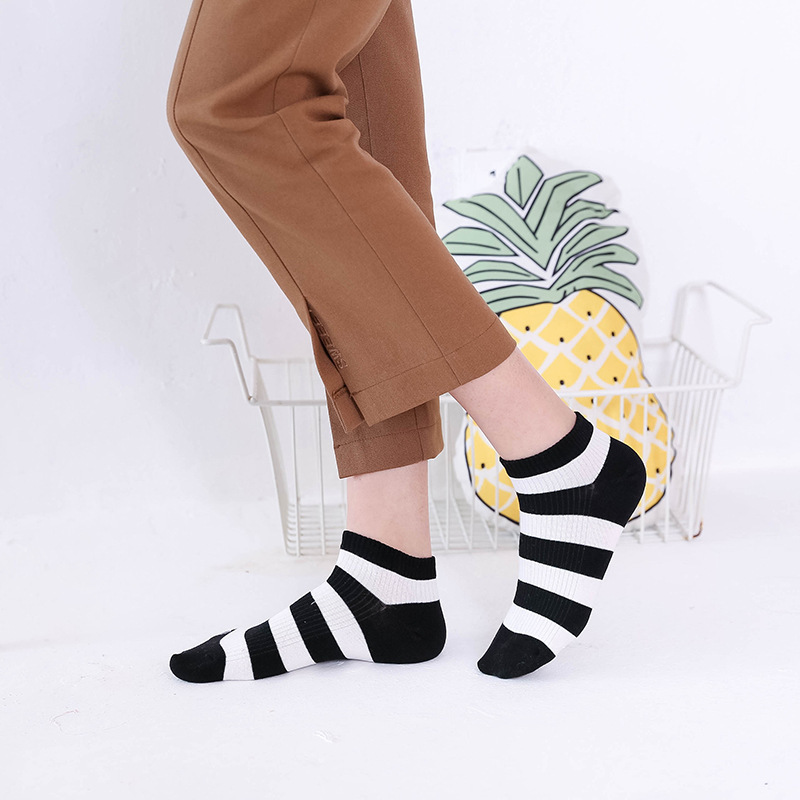 Spring Summer New Hot Sale Fashion Boat Socks Woman Stripe Split Joint Socks Woman Low-waisted Cotton Socks 5Pairs Free Shipping