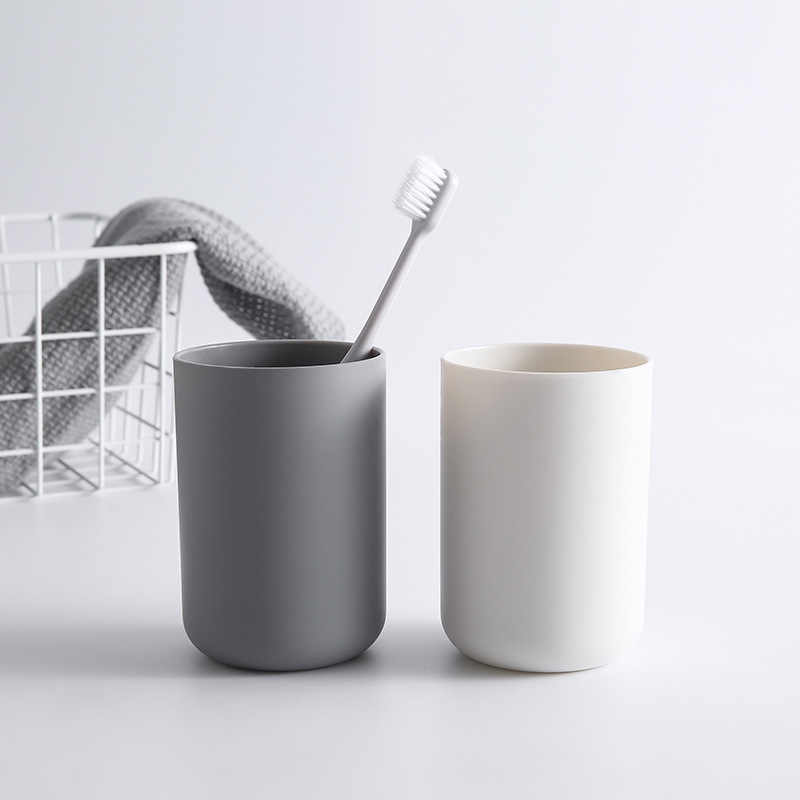 1PC Creative Portable Japanese Style Bathroom Toothbrush Cup Simple Plain Cup Three Color Couple Tooth Cup
