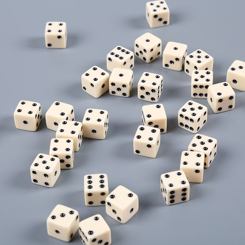 Set Of 10 Six Sided Opaque 12mm D6 Dice White/Black Dice Six Sided Standard Die Game Accessories White With Black Pips