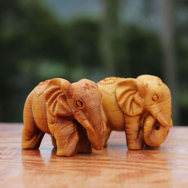 2PCS Hand Carved Rich Elephant Sculpture Figurines Health Small Pieces Wooden Crafts Small Ornaments Home Decoration LYY9194