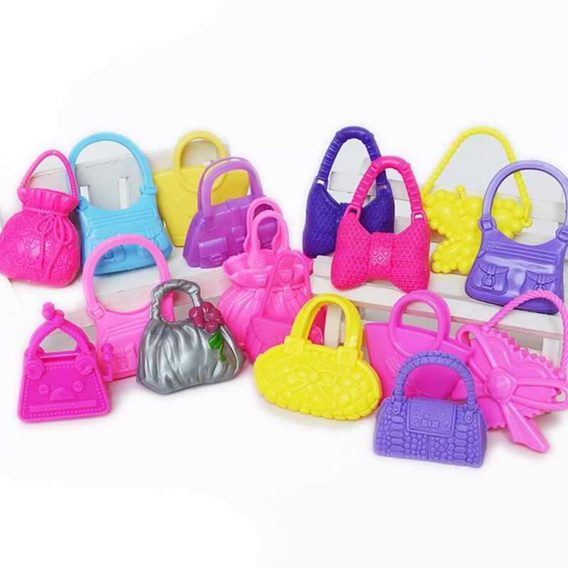 10 PCS Misturar Estilos Sacos de Boneca Brinquedo Acessórios para Barbie Sacos Boneca Xmas Gift Aniversário Colorized Moda Morden Aleatoriamente As Cores