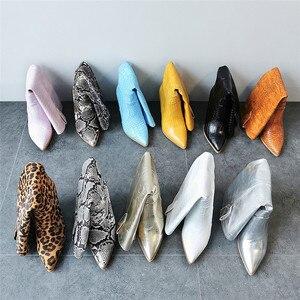 Image 5 - MORAZORA botas para mujer de tacón alto grueso hasta la rodilla punta estrecha, botas de invierno doradas, alta calidad, hasta la rodilla, 2020