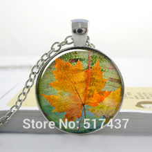 HZ--A193 free shipping O1 glass dome cabochon Canadian Maple Leaf necklace Silver pendant maple leaf pendant Canada charm HZ1(China)