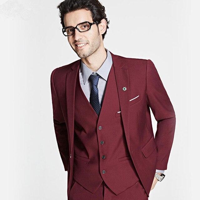 Últimas Bragas de la Capa Diseños Borgoña Hombres Trajes Formales Slim Fit  Novio matrimonio Vino Rojo ba2d82095e0
