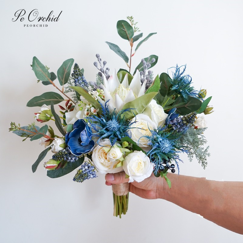 PEORCHID Gorgeous Emperor Rose Blue And White Flower Bouquet Wedding Greek Style Forest Bride Holding Flowers Bridal Bouquet