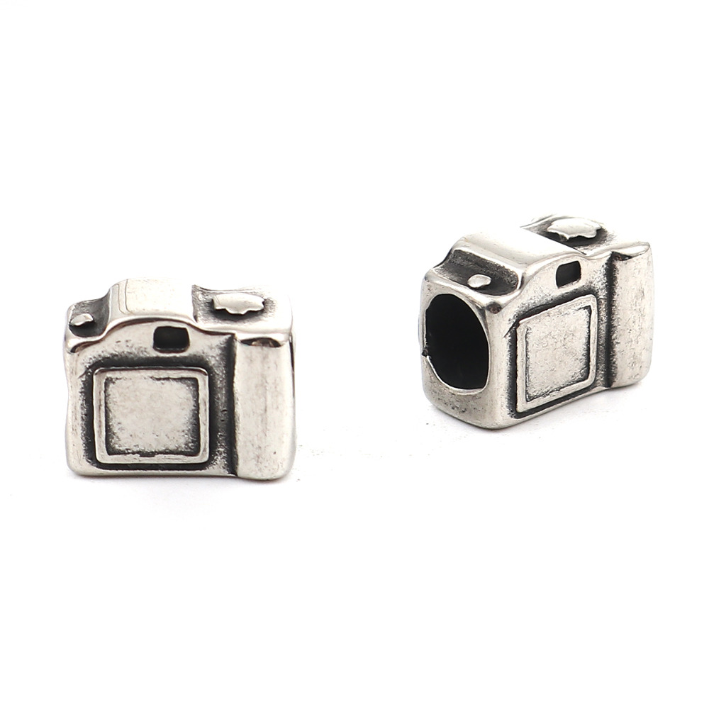 Doreen Box Vintage 304 Stainless Steel 3D Beads Camera Antique Silver Gifts 13mm( 4/8) x 10mm( 3/8), Hole: Approx 5.1mm, 2 PCs image