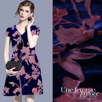The European And American Hollowed Out Real Velvet Cloth Mulberry Silk Velvet Gown Skirt Material Free