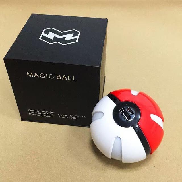 Hot 10000 mAh de Poke Bola de Energía Móvil Cargador de Teléfono Móvil Cargador de Batería Externo del Banco Portable de la Energía de Respaldo de Dibujos Animados Luces Led